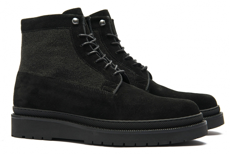 Black Leather and textile boots