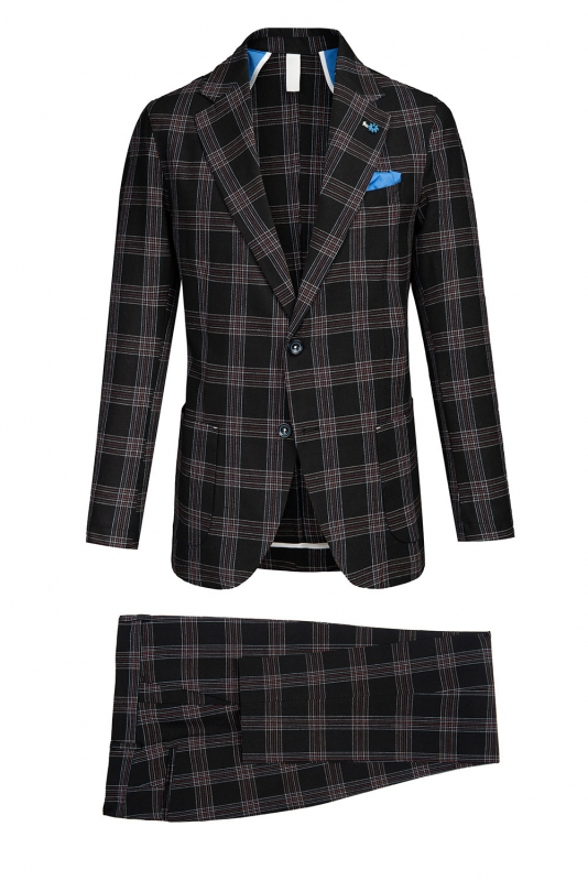 Black Carouri Suit