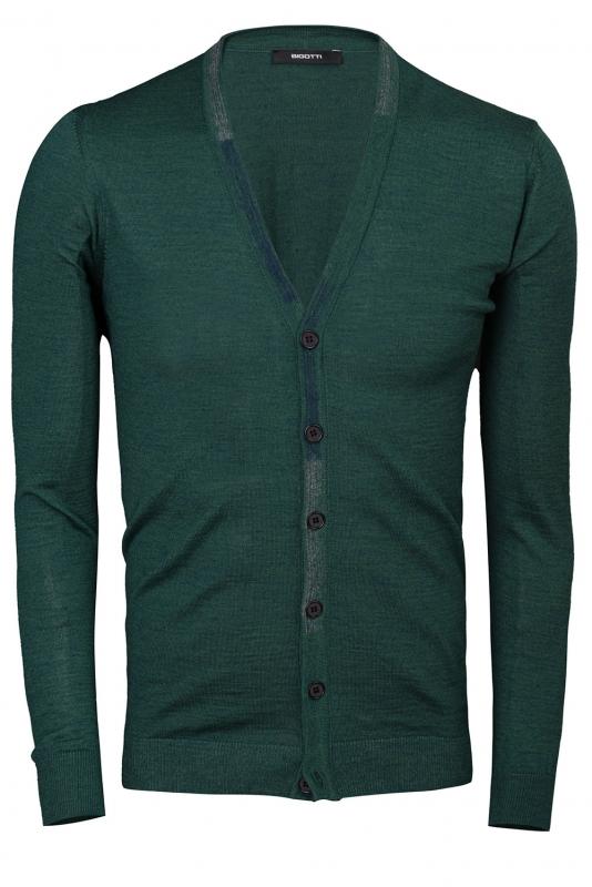 regular green sweater
